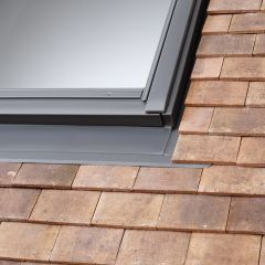 VELUX EDP plain tile flashing.