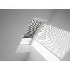VELUX PAL Manual Venetian Blind in spingled gold.